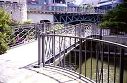 photo of pedestrian bridge over River Walk